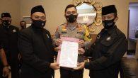 Menurut berita dari Media Indonesia, KAPOLDA Jawa Timur Irjen M Fadil Imran memfasilitasi nota kesepakatan dua kubu perguruan pencak silat Persaudaraan Setia Hati Terate (PSHT) […]